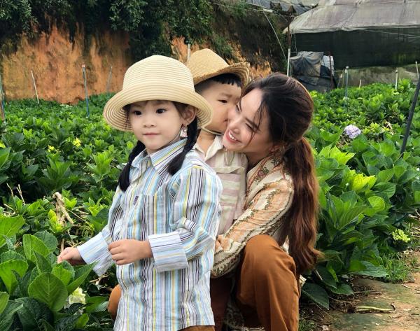 Thành Đạt - Hải Băng tung bộ ảnh gia đình nông dân siêu đáng yêu 3