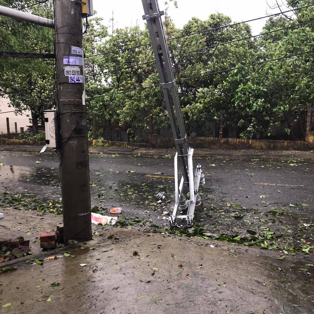 Thống kê những thiệt hại ban đầu tại Đà Nẵng, Quảng Ngãi, Phú Yên khi siêu bão số 9 càn quét mạnh nhất 0