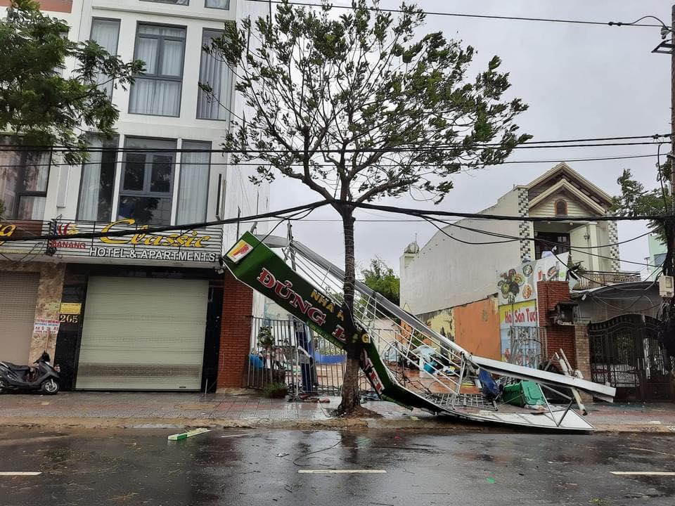 Thống kê những thiệt hại ban đầu tại Đà Nẵng, Quảng Ngãi, Phú Yên khi siêu bão số 9 càn quét mạnh nhất 2
