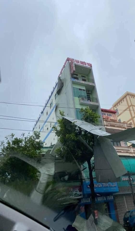 Thống kê những thiệt hại ban đầu tại Đà Nẵng, Quảng Ngãi, Phú Yên khi siêu bão số 9 càn quét mạnh nhất 8