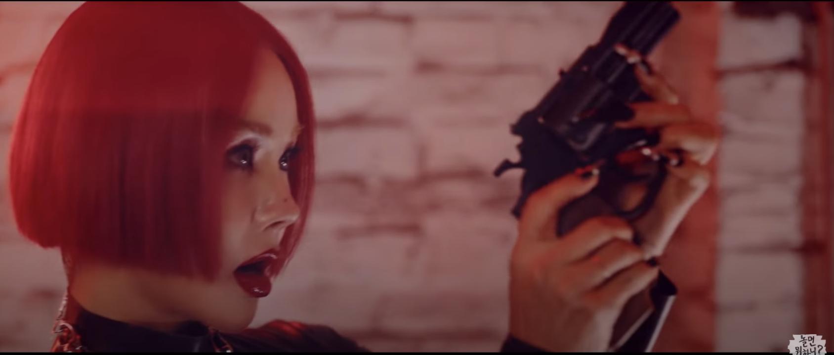 'Chất chơi' nhóm nhạc mới của Lee Hyori - Hwasa, quảng bá xong xuôi, phá đảo mọi BXH mới tung MV 3