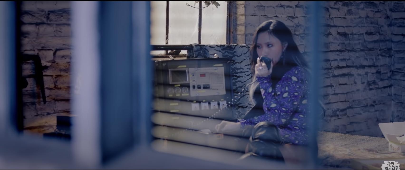 'Chất chơi' nhóm nhạc mới của Lee Hyori - Hwasa, quảng bá xong xuôi, phá đảo mọi BXH mới tung MV 4