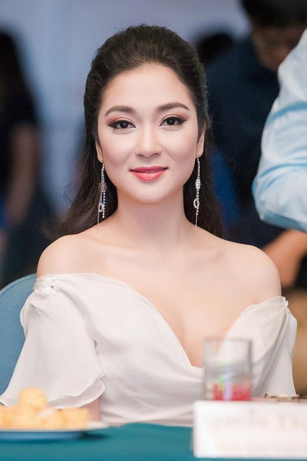 Nhan sắc xinh đẹp của hoa hậu Nguyễn Thị Huyền, một trong những cựu sinh viên xuất sắc của Học viện Báo chí và Tuyên truyền (Ảnh: Internet)