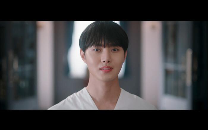 'Bạn trai tôi là hồ ly' tập 8: Bỏ mặc người tình, Lee Dong Wook xả thân cứu em trai Kim Bum trước? 24