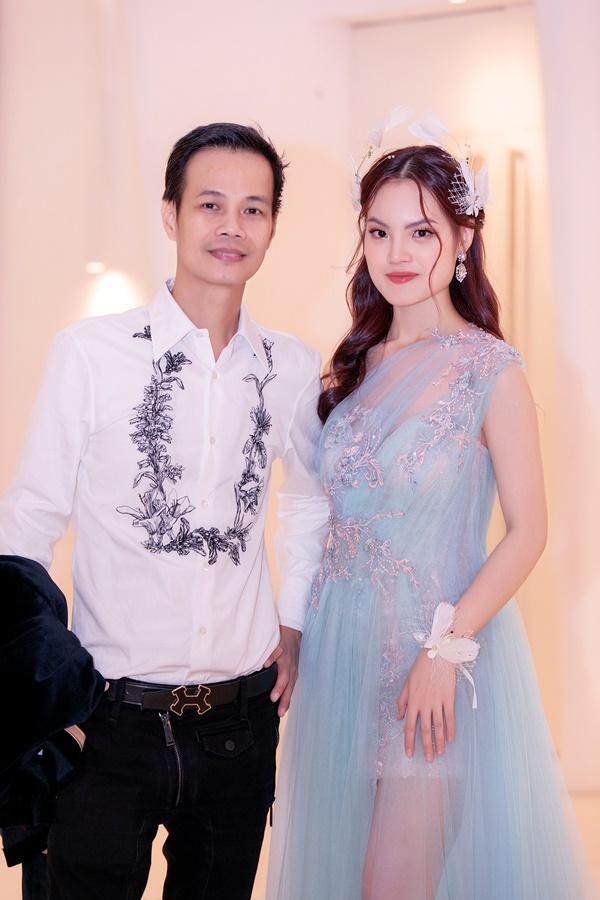 Sunny Đan Ngọc góp mặt trongtuần lễ thời trang Vietnam Runway Fashion Week với bộ sưu tập của NTK Hoàng Hải.