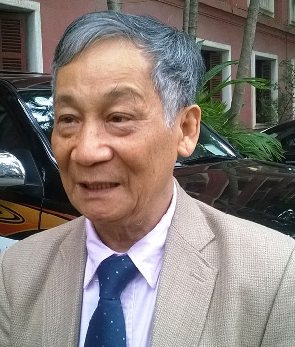 Giáo sư Vũ Trọng Hồng lên tiếng cảnh báo về tình trạng sạt lở đất ở miền Trung. Ảnh: laodong.vn