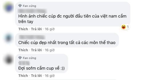 Người hâm mộ Việt Nam nóng lòng chờ chiếc cúp được SofM đem về.
