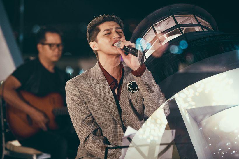 Noo Phước Thịnh 'khiến fan buồn'vì bị giọng bè lấn át, đồng loạt kêu gọi 'nên hát một mình' 3