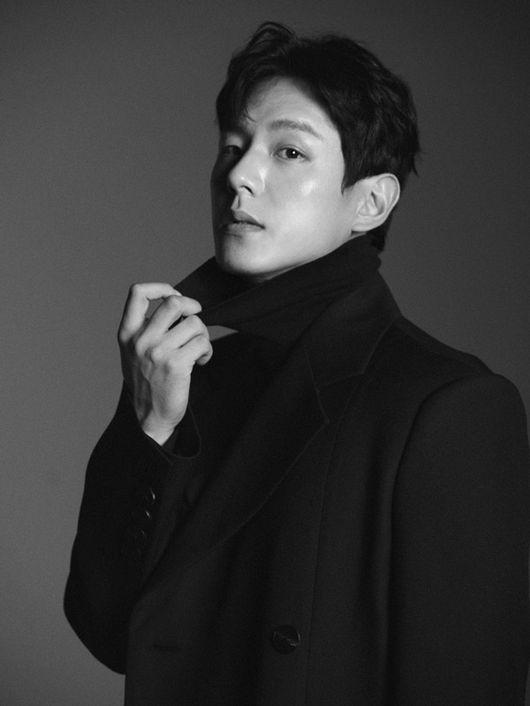 Yoo Min Hyuk - Kwak Si Yang