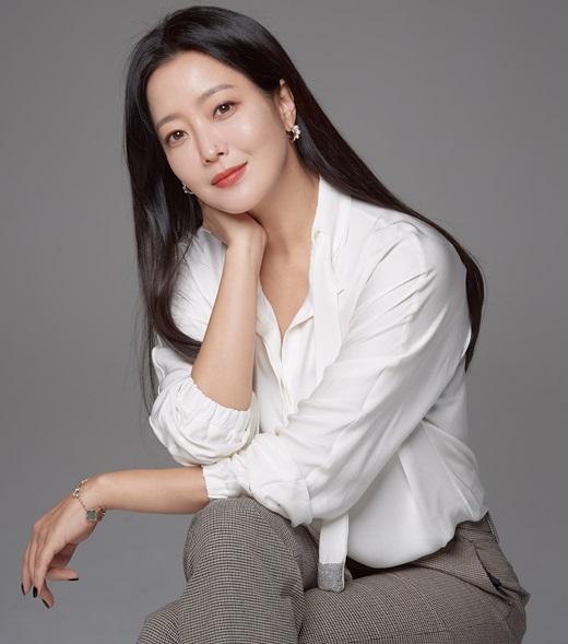 'Xứ sở Alice': Kim Hee Sun khóc hết nước mắt suốt 1 giờ đồng hồ sau khi phân cảnh cuối cùng lên sóng 5