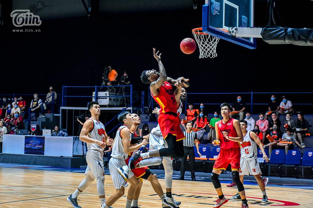 Saigon Heat gặp Danang Dragons và thắng chung cuộc 93 - 60