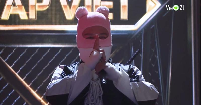 'Rap Việt' tập 14: Ricky Star và Lăng LD 'đại chiến', Rhymastic bỏ qua hiềm khích cũ 'cứu' thí sinh team Wowy 24