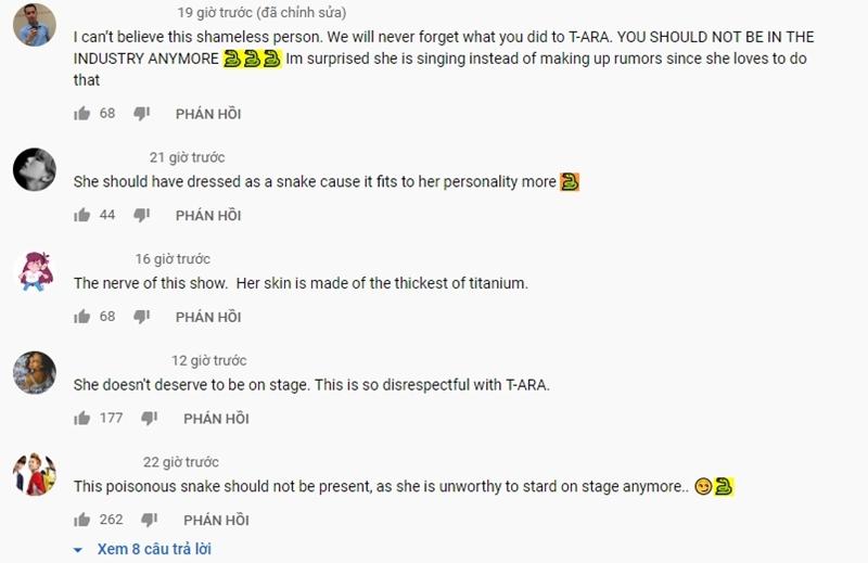 Không những vậy, netizen còn liên tục thả biểu tượng rắn vào phần bình luận của video nhằm ám chỉ cô là 'rắn độc' sau những bê bối của Hwayoung liên quan đến nhóm nhạc cũ.