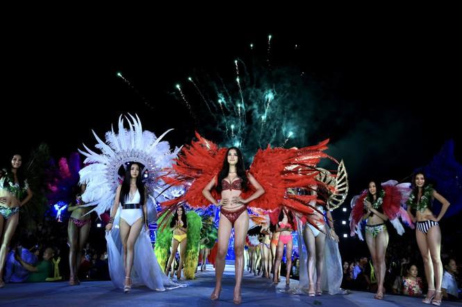 Top 5 Người đẹp biển Hoa hậu Việt Nam 2020: Toàn body 'bốc lửa' so kè Top 3 Hoa - Á hậu đương nhiệm 5