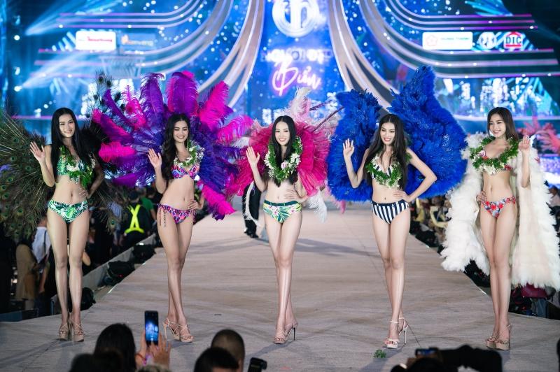 Top 5 Người đẹp biển Hoa hậu Việt Nam 2020: Toàn body 'bốc lửa' so kè Top 3 Hoa - Á hậu đương nhiệm 9