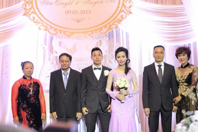 Huyền My - chị gái Quỳnh Anh trong đám cưới với cầu thủ Văn Quyết