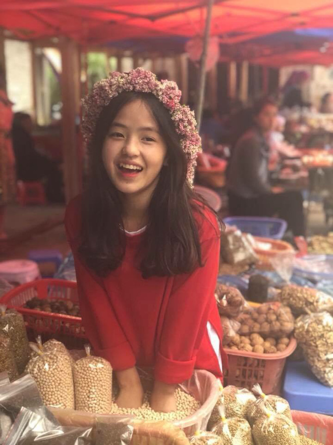 'Cô bé bán lê' ở Hà Giang là ai, nổi lên nhờ vụ gì và cuộc sống hiện tại giờ ra sao? 9