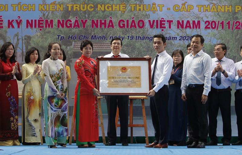 Trường THPT Lê Quý Đôn vừa được công nhậnlà di tích lịch sử - văn hóa, danh lam thắng cảnh cấp Thành phố.