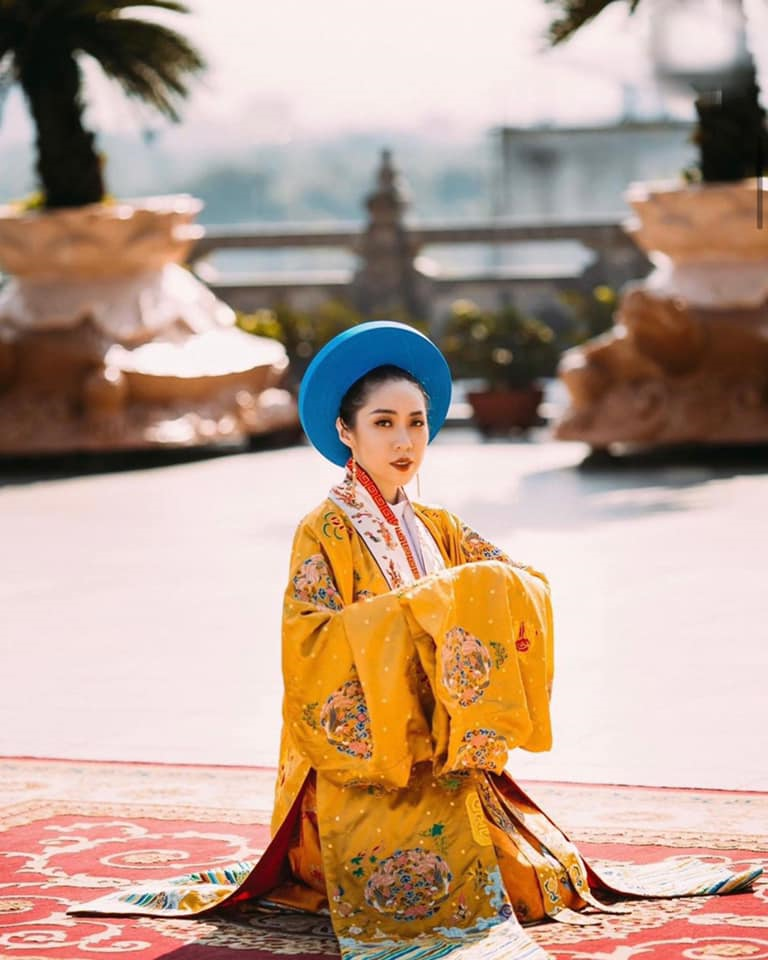 Quỳnh Mai trongbộ ảnh Việt phục Nhật Bình