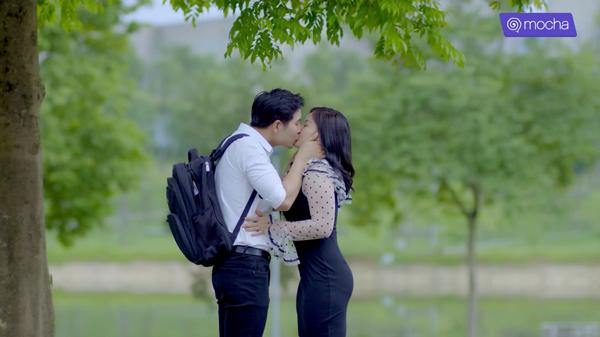 'Bạn học tôi là bố' tập cuối: Tùng Sơn chia tay 'crush', Thường Quân liều mình tỏ tình với cô giáo chủ nhiệm 10