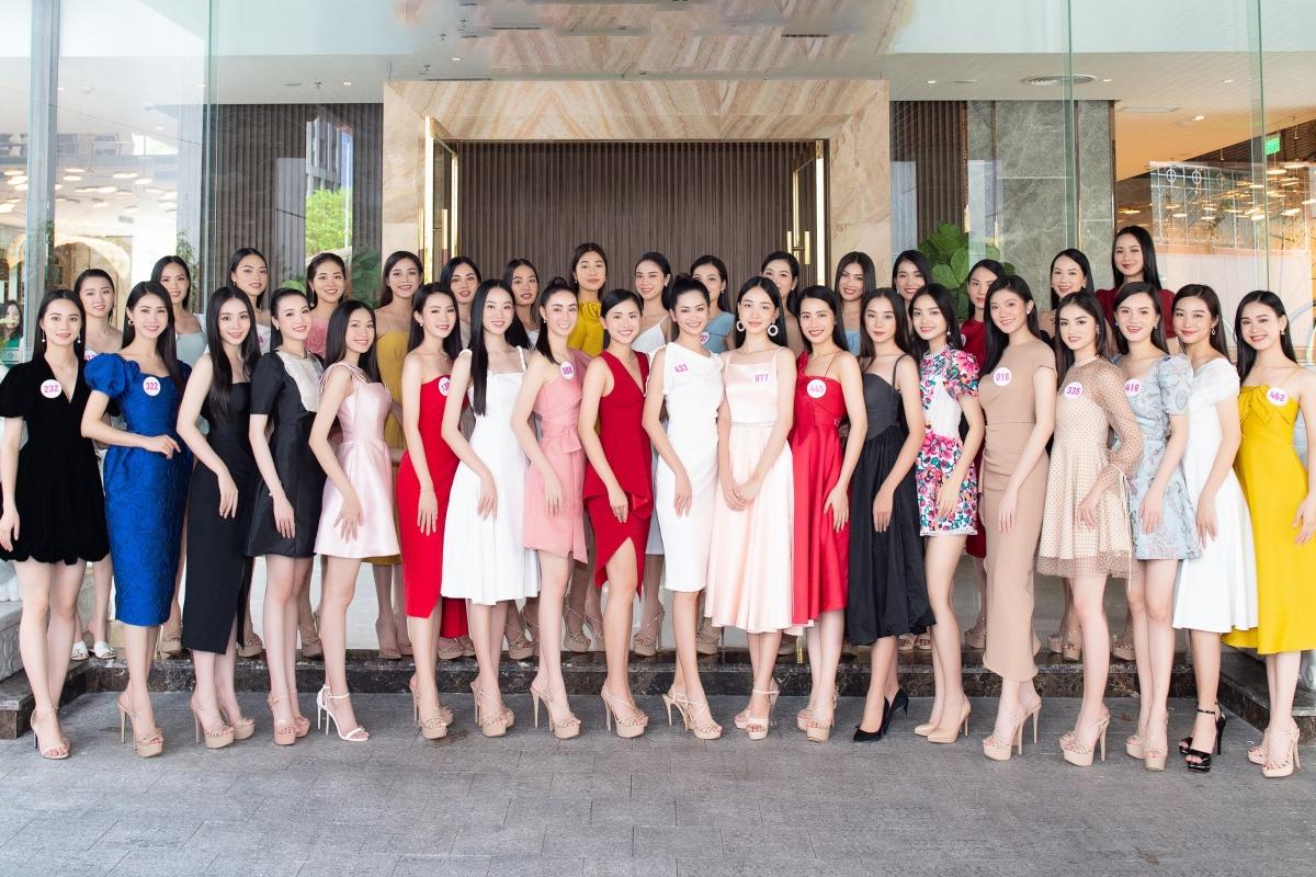 Chung kết HHVN 2020: Đỗ Thị Hà đăng quang ngôi vị cao nhất 74