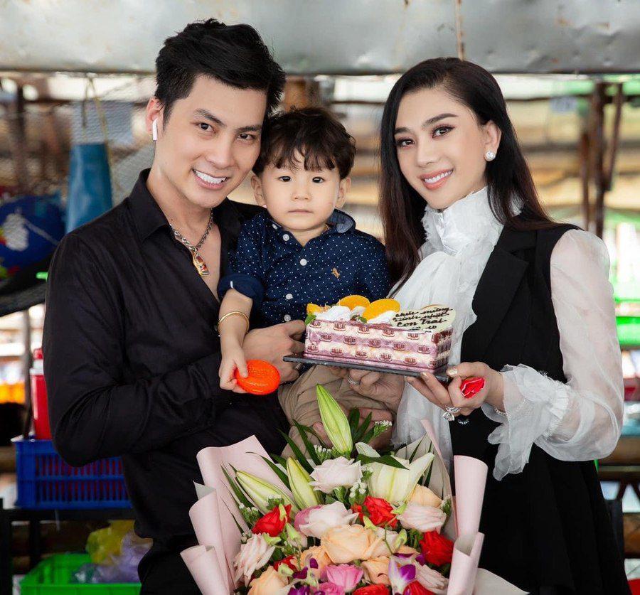 Lâm Khánh Chi tiết lộ lý do không sống cùng con trai 2 tuổi 0