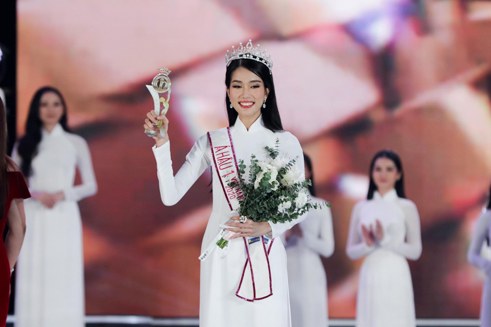 Học vấn khủng của Á hậu 1 Phạm Ngọc Phương Anh: 11 năm điểm trung bình 9.0, hai bằng ngoại ngữ, học bổng toàn phần tại ĐH RMIT 0