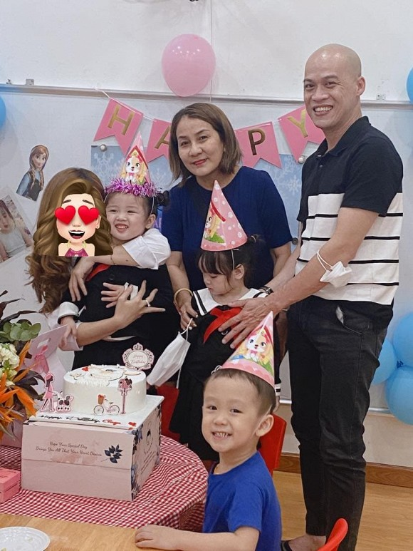 Vắng bóng Hoài Lâm trong buổi sinh nhật con gái.