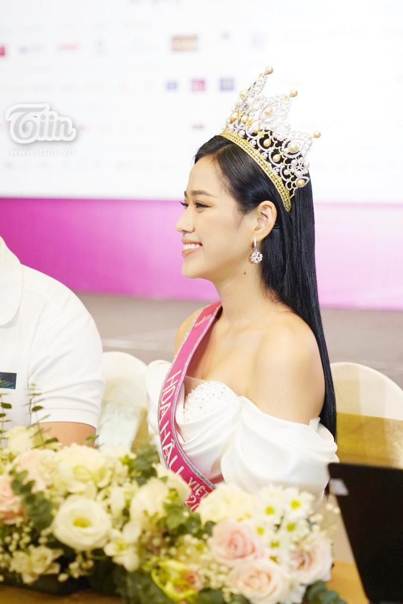 Điểm thi đại học của Hoa hậu Việt Nam 2020 Đỗ Thị Hà được tiết lộ 2