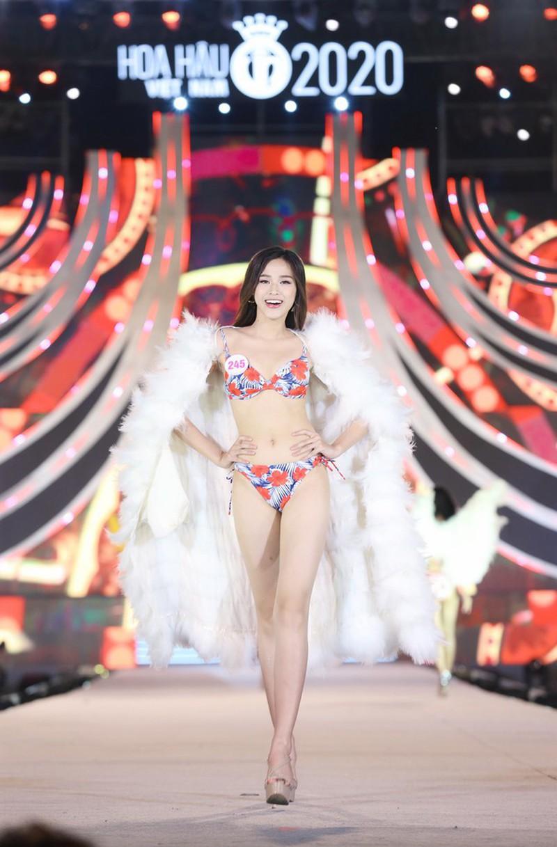 Điểm thi đại học của Hoa hậu Việt Nam 2020 Đỗ Thị Hà được tiết lộ 3