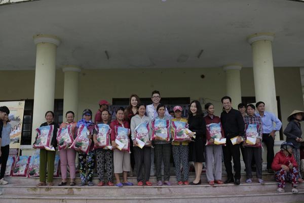 Long Nhật hội ngộ Khánh Phương tại Huế, chính thức khép lại hành trình thiện nguyện ròng rã 1 tháng trời 0