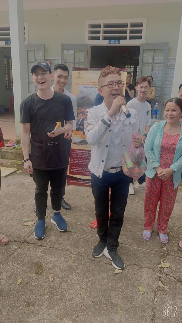 Long Nhật hội ngộ Khánh Phương tại Huế, chính thức khép lại hành trình thiện nguyện ròng rã 1 tháng trời 3