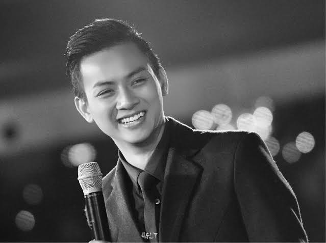 Ca sĩ Việt 'đua nhau' đổi nghệ danh 'gây lú' cho khán giả 4