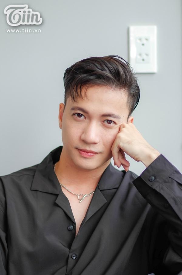 Ca sĩ Việt 'đua nhau' đổi nghệ danh 'gây lú' cho khán giả 6