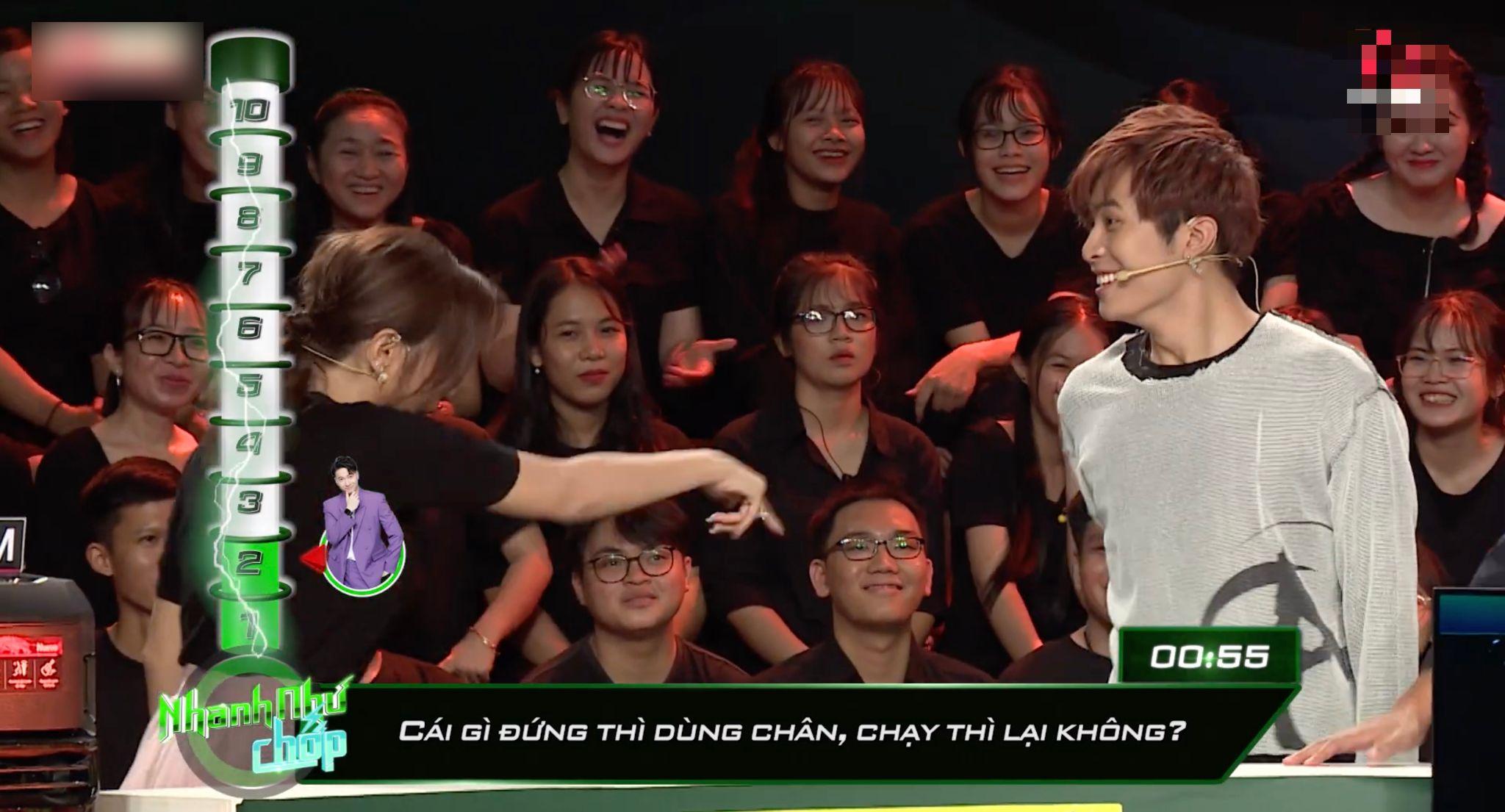 Khả Như, Gin Tuấn Kiệt bò quanh sân khấu 'Nhanh như chớp' 3 lần vì lỡ miệng 'khinh'Lê Dương Bảo Lâm 3