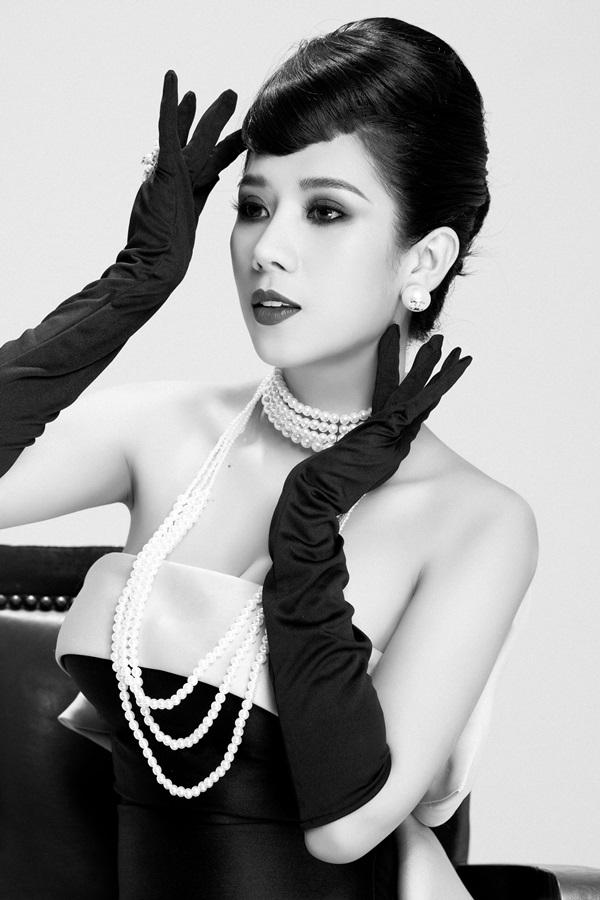 Dương Yến Nhung hóa thân thành nữ minh tinh Audrey Hepburn 0