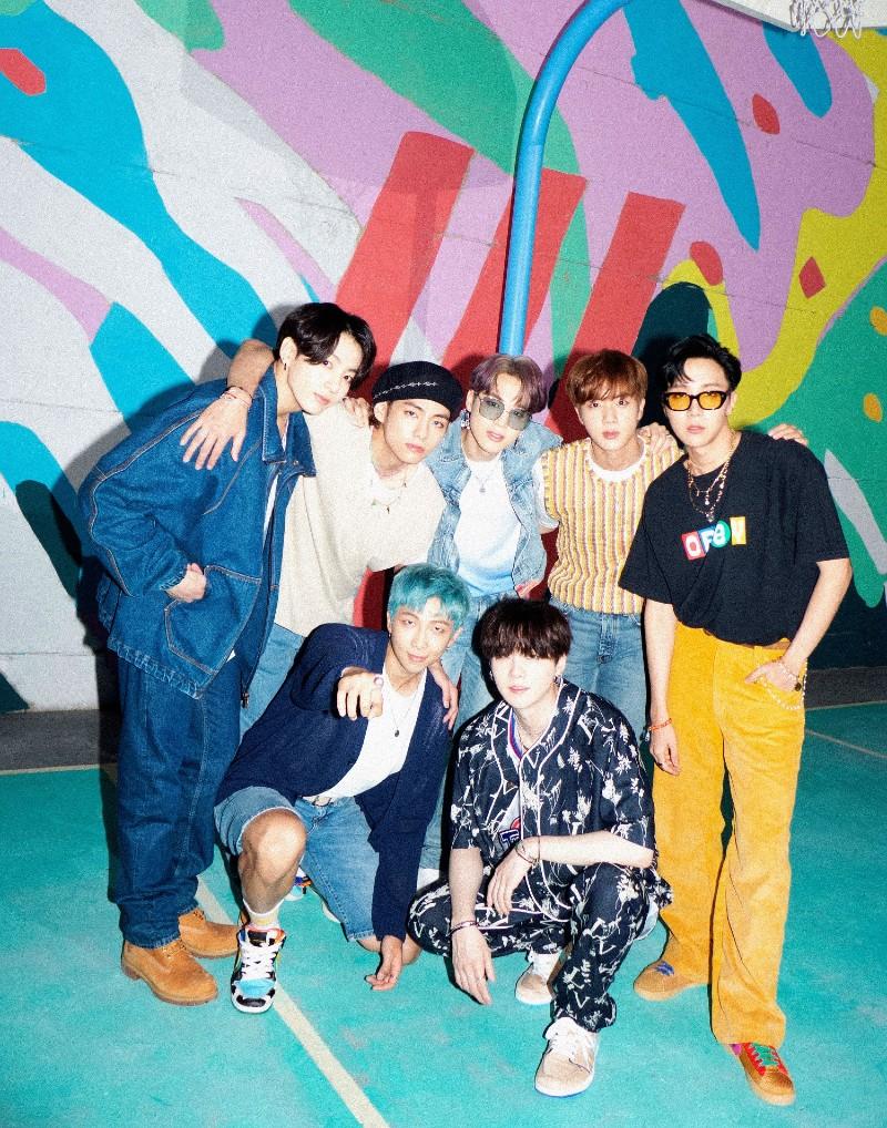 'Dynamite' là single tiếng Anh được BTS phát hành ngày 21/8 vừa qua.