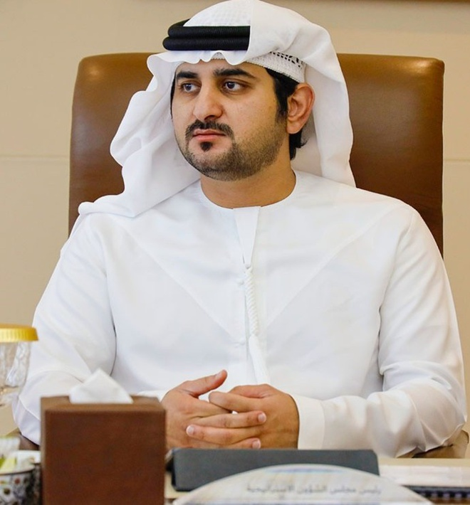 2 hoàng tử Sheikh Maktoum bin Mohammed vàHoàng tử Sheikh Ahmed bin Mohammed.