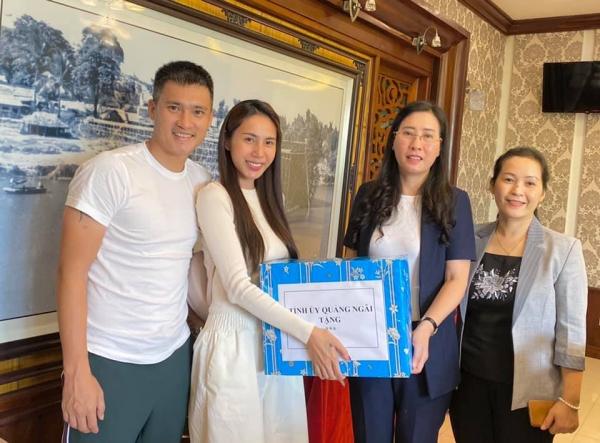 Thủy Tiên công khai sao kê ngân hàng, cho biết lấy thêm 3 tỷ 690 triệu VNĐ tiền túi hỗ trợ bà con 3
