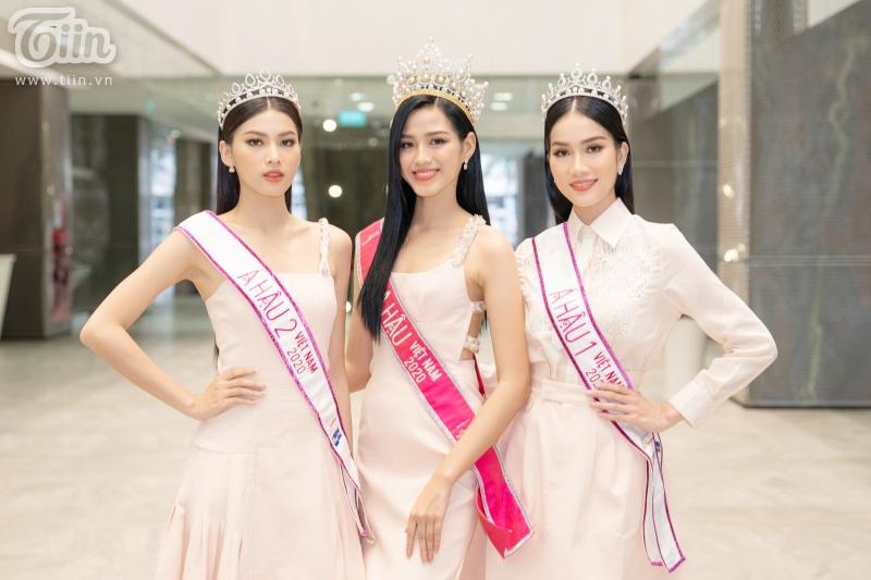 Hoa hậu Đỗ Thị Hà: 'Được khuyên nên khóa Facebook, tôi còn hồn nhiên hỏi lại 'sao phải khoá?' 2