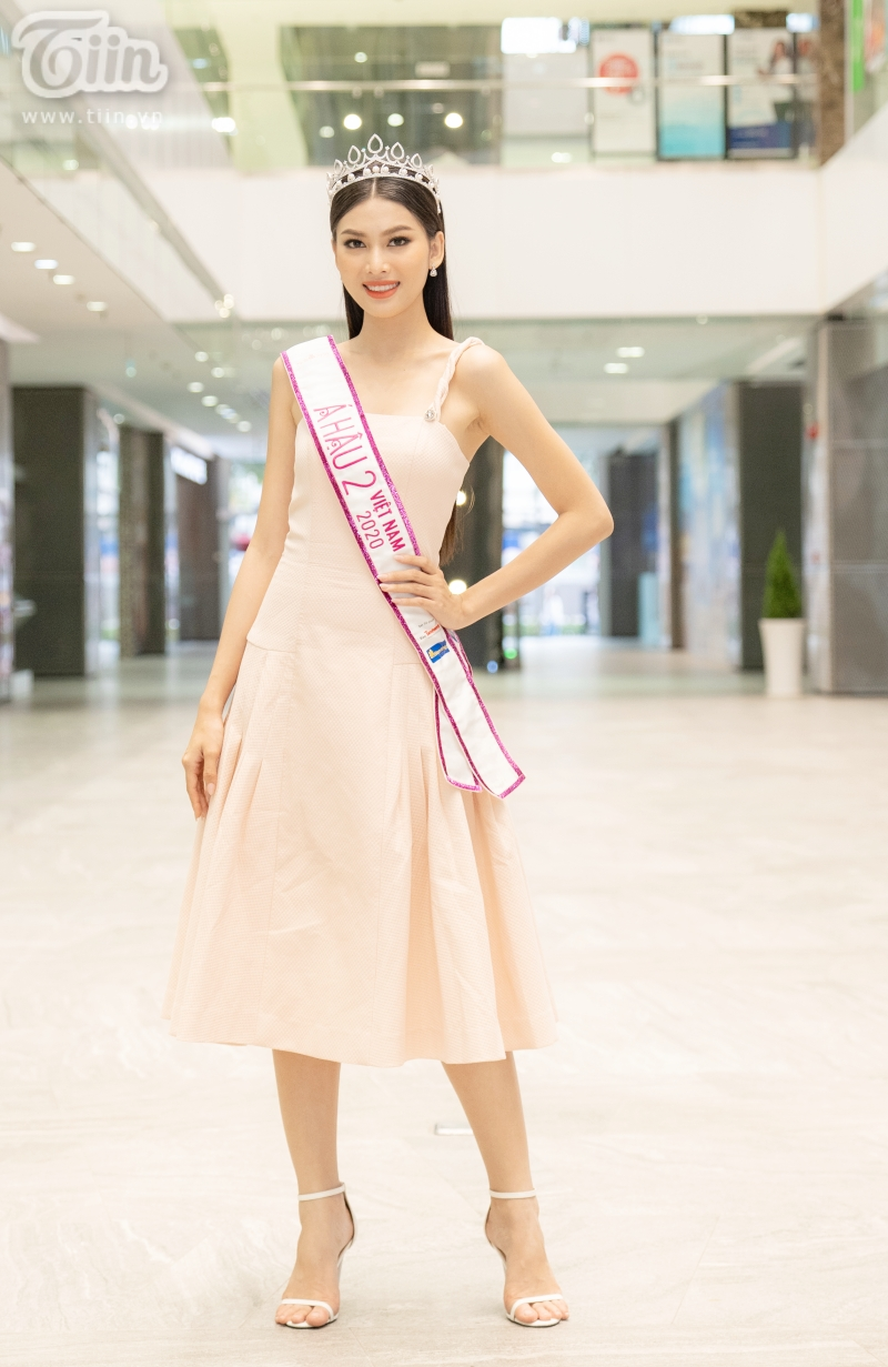 Hoa hậu Đỗ Thị Hà: 'Được khuyên nên khóa Facebook, tôi còn hồn nhiên hỏi lại 'sao phải khoá?' 5