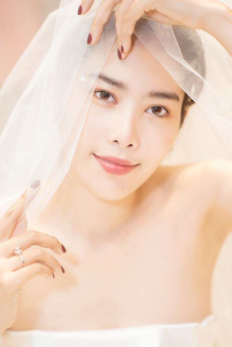 Nam Em rạng rỡ mặc váy cưới, 'chuyện tốt' với Lãnh Thanh đã đến gần? 1