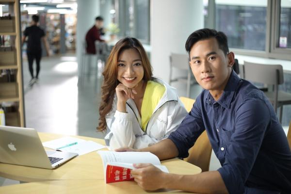 Diễn viên gốc Việt tham gia nhiều bom tấn Hollywood gây chú ý với vai chính đầu tiên trong phim 'Võ sinh đại chiến' 8