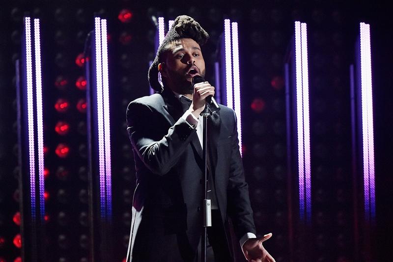 Trước đó, The Weekend từng lọt vào danh sách đề cử 'Thu âm của năm' với ca khúc 'Can't Feel My Face' tại Grammy 2015.