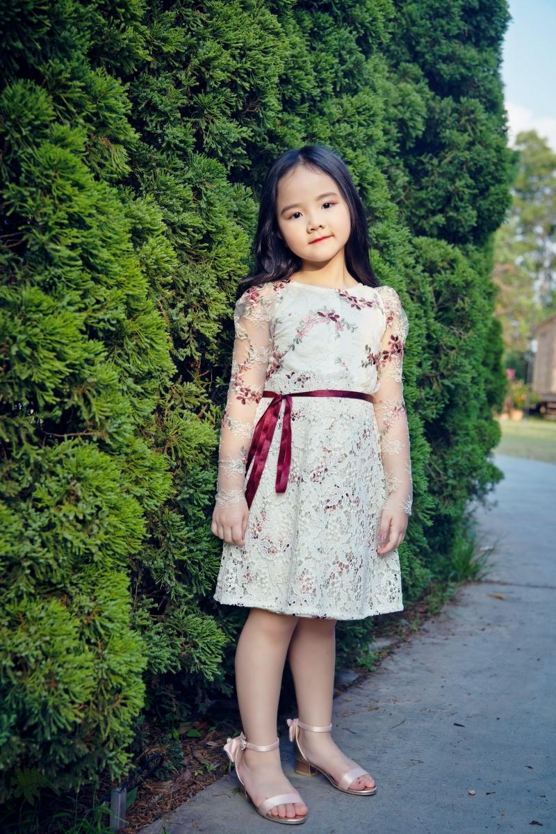 Con gái là nguồn cảm hứng để Trang Nhung thiết kế BST thời trang dành cho mẹ và bé 4