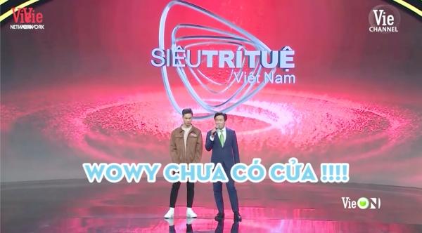 Được 'trai đẹp' Siêu trí tuệ Việt Nam xin chữ ký, Wowy hoang mang hỏi lại: 'Do thật tâm em muốn hay biên tập kêu vậy?' 1