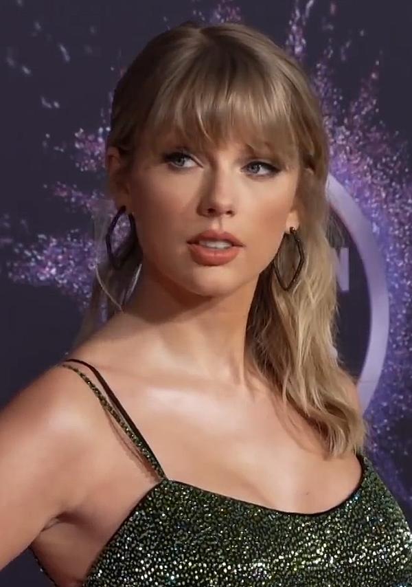 HOT: Taylor Swift chính thức xác nhận 'nhân vật bí ẩn' sáng tác bản hit 'exile' chính là bạn trai 'lâu năm' 0
