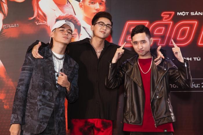 Bảo Anh diện đồ chất chơi đọ dáng cùng Minh Tú và dàn rapper mới nổi 2