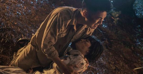 Hiền Hồ tiết lộ hậu trường quay 'Gặp nhưng không ở lại': Mưa tầm tã, sốt li bì, MV 'lao thẳng' lên Top 1 Trending 1