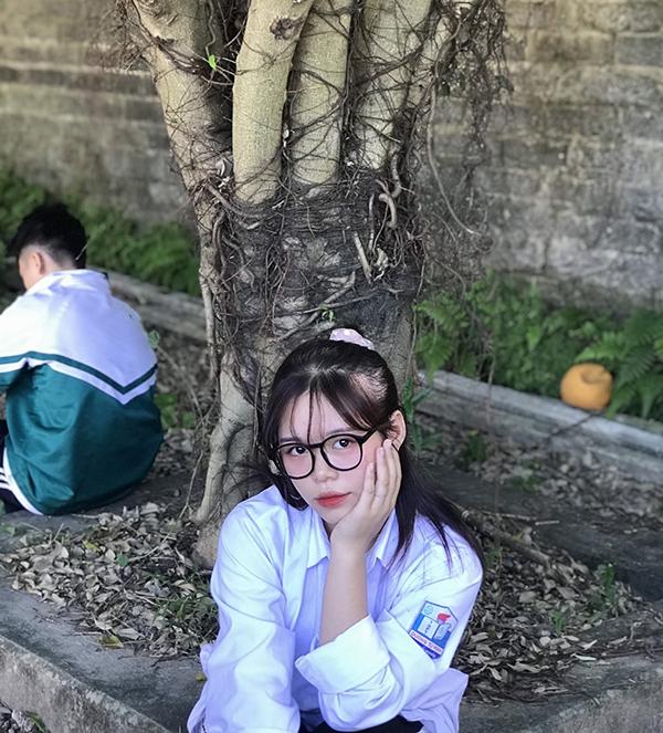 Lạc vào vũ trụ girl xinh các trường: toàn nhan sắc cực phẩm được dân tình đồng loạt thả tim, truy tìm info 6